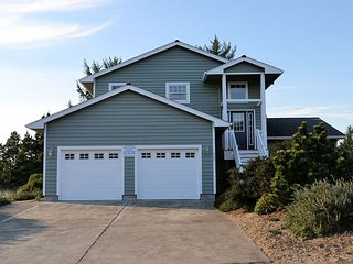 Superb Oregon Coast Vacation Rentals Cabin Rentals On The Oregon Home Interior And Landscaping Ologienasavecom