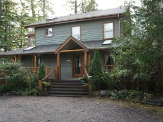 Cabins Vacation Rentals In Tofino Flipkey