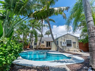 Sandyfeet Beach Retreat W Pool In D Town Delray