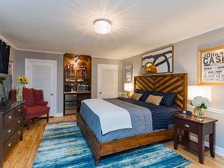 Amazing Apartments Vacation Rentals In Nashville Flipkey Home Interior And Landscaping Spoatsignezvosmurscom