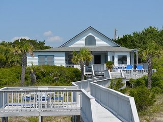 Vacation rentals in Litchfield Beach