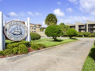 New Listing Direct Oceanfront Condo Steps To The Beach Restaurants