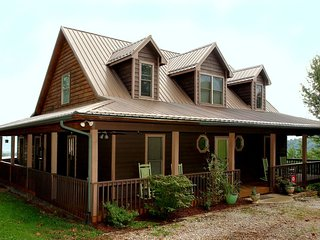 Houses & Vacation Rentals in Cosby | FlipKey