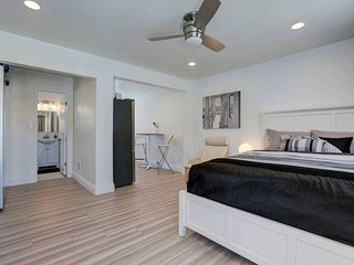 Apartments Vacation Rentals In Newport Beach Flipkey