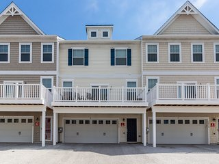 Marvelous Vacation Rentals Apartments In Ocean City Flipkey Home Interior And Landscaping Mentranervesignezvosmurscom