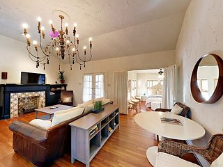 Remarkable Apartments Vacation Rentals In Austin Flipkey Beutiful Home Inspiration Truamahrainfo